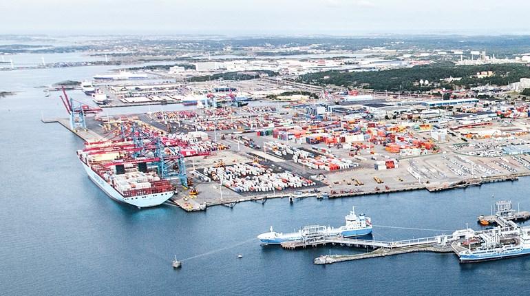 27868df7 Nordens största hamn växer